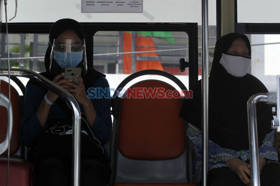 Alih Fungsi Bus Sekolah untuk Evakuasi Pasien Covid-19-10
