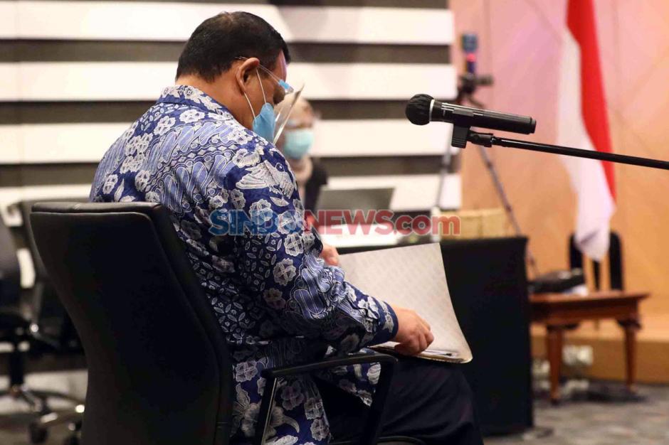 Langgar Kode Etik, Ketua KPK Firli Bahuri Mendapat Sanksi Teguran Tertulis-0