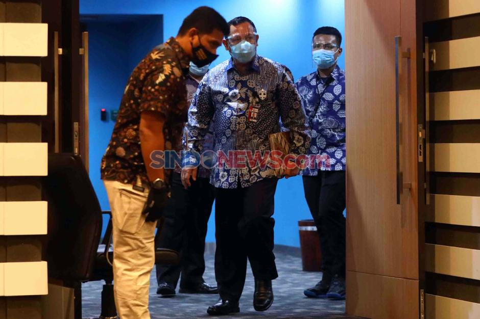 Langgar Kode Etik, Ketua KPK Firli Bahuri Mendapat Sanksi Teguran Tertulis-2