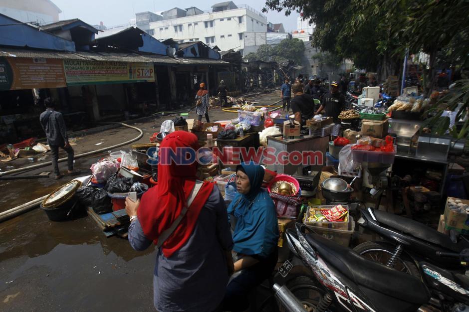 Kebakaran Pasar Cempaka Putih Hanguskan 807 Kios Pedagang-3