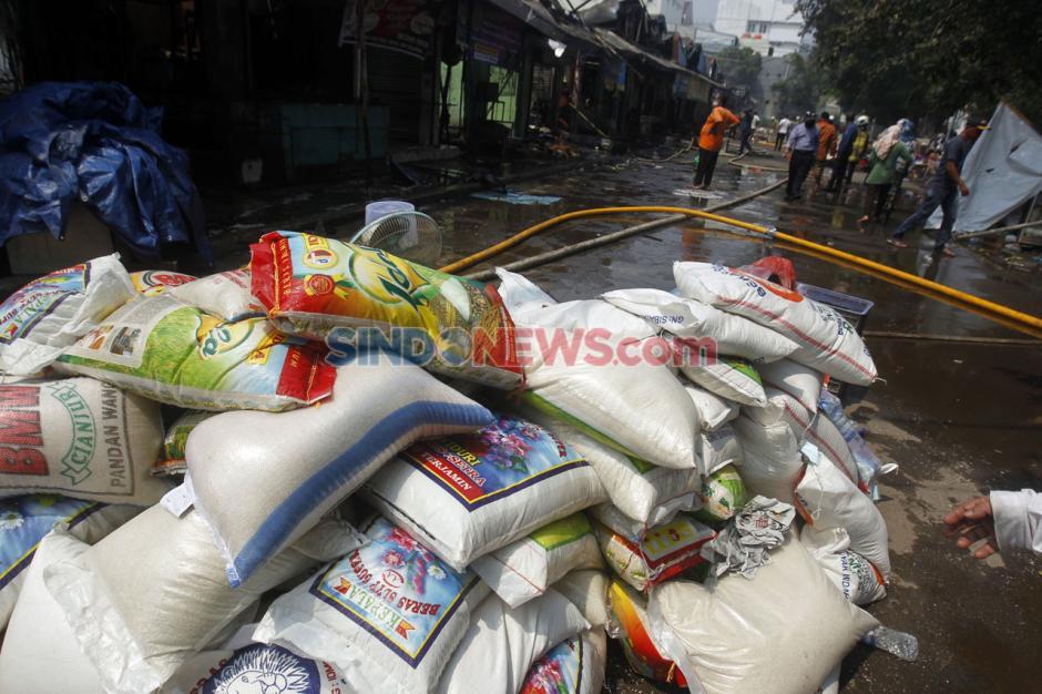 Kebakaran Pasar Cempaka Putih Hanguskan 807 Kios Pedagang-7