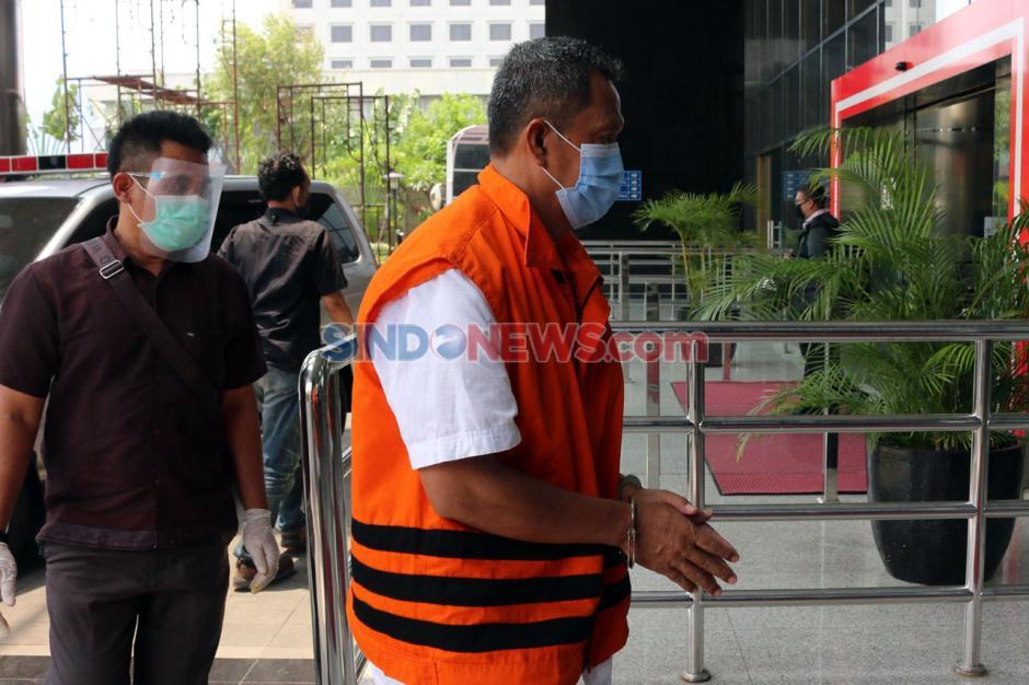 Terkait Kasus Suap Bupati Kutai Timur, Kepala BPKAD Suriansyah Jalani Pemeriksaan Lanjutan di KPK-1