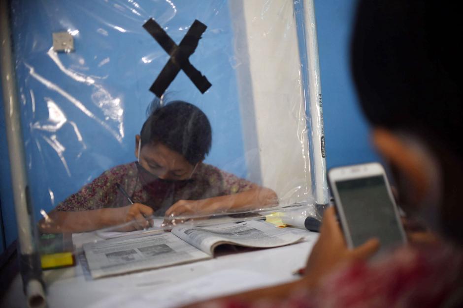 Dampak Pandemi Covid-19, Pelajar Ikuti PJJ di Balai Warga-0