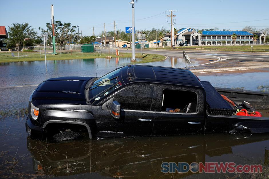 Badai Delta Hantam Wilayah Louisiana Amerika Serikat-4