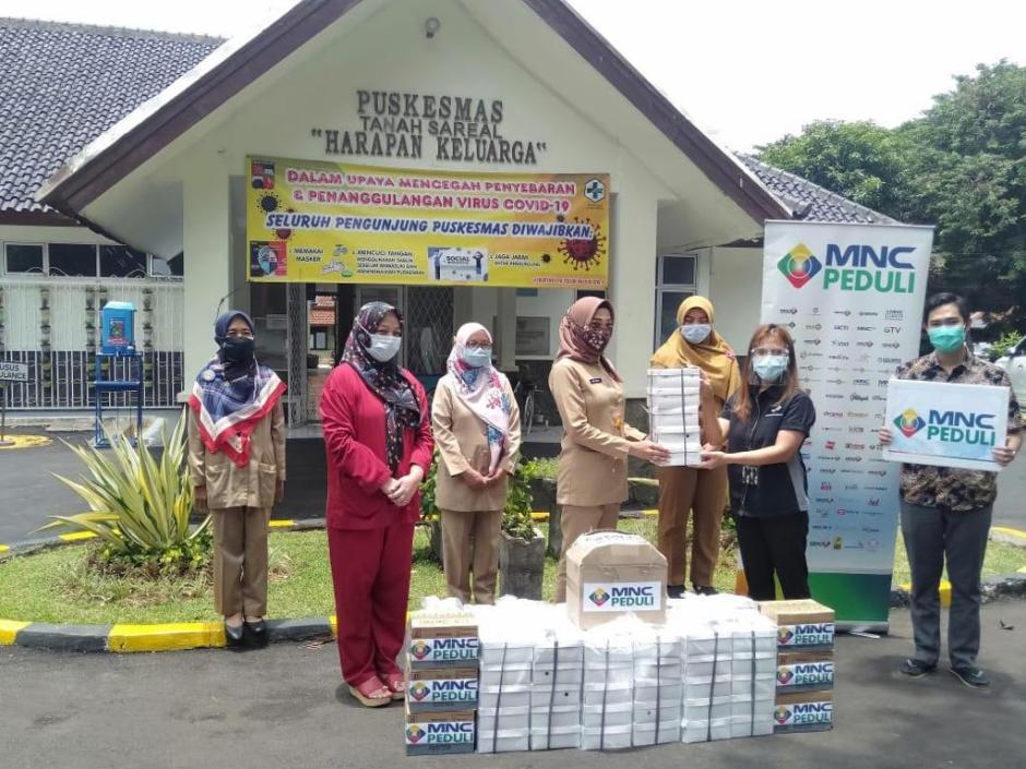 MNC Peduli Salurkan Makan Siang ke Puskesmas Tanah Sereal Bogor-1