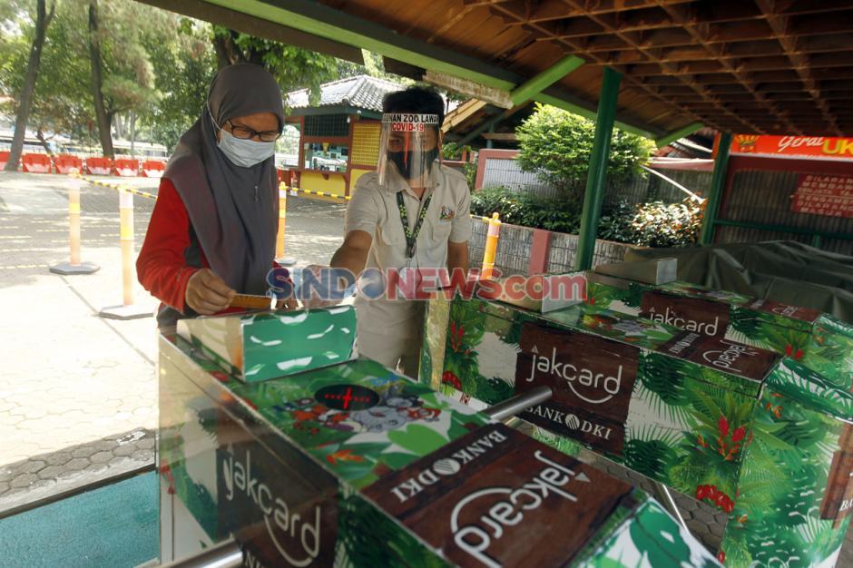 Taman Margasatwa Kembali Buka di Masa PSBB Transisi-5