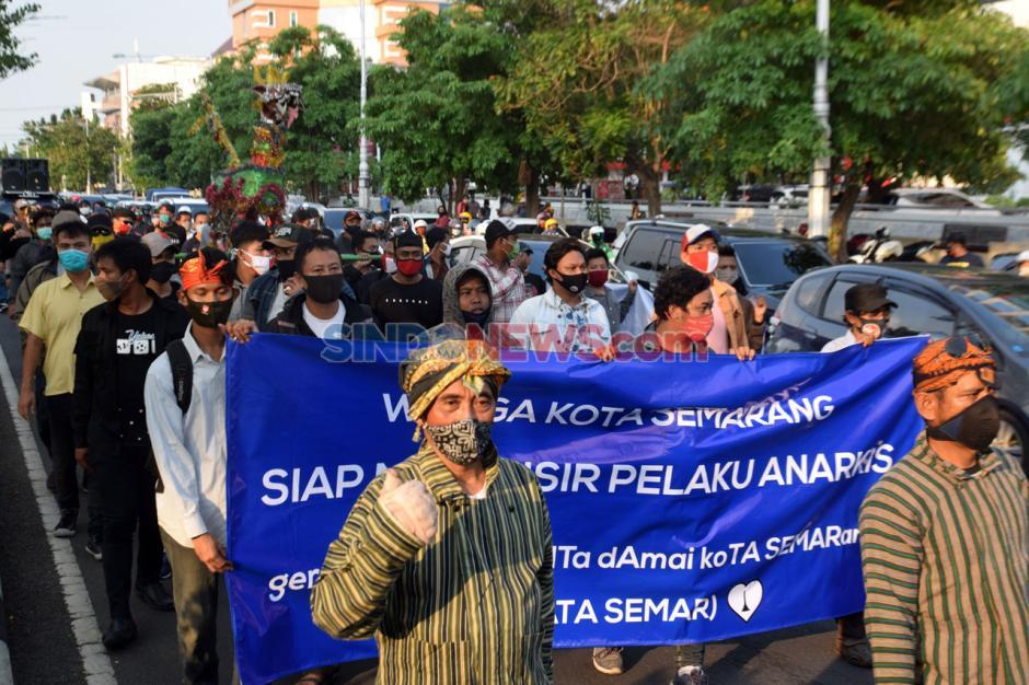 Warga Semarang Gelar Aksi Tolak Demo Anarkis-0
