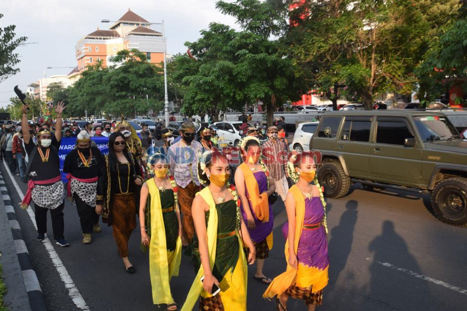Warga Semarang Gelar Aksi Tolak Demo Anarkis-1