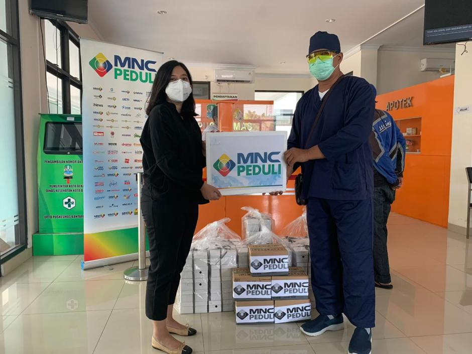 MNC Peduli Salurkan Makan Siang kepada Petugas Puskesmas Bantar Gebang dan Puskesmas Bintara-0
