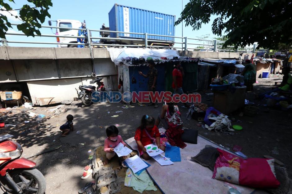 Dipicu pandemi COVID-19 Penduduk Miskin di Kota Surabaya Mencapai 1,68 juta jiwa-4