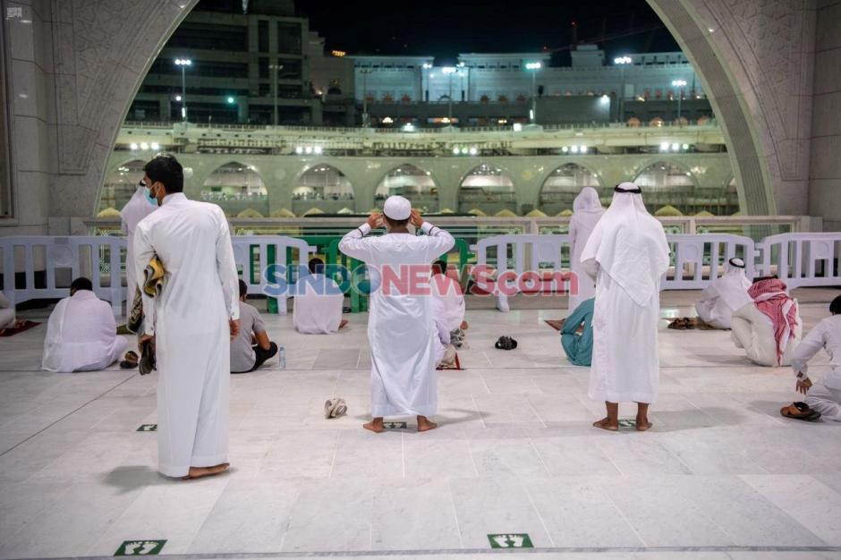 Kembali Dibuka Arab Saudi Izinkan Warga Sholat di Masjidil Haram-1