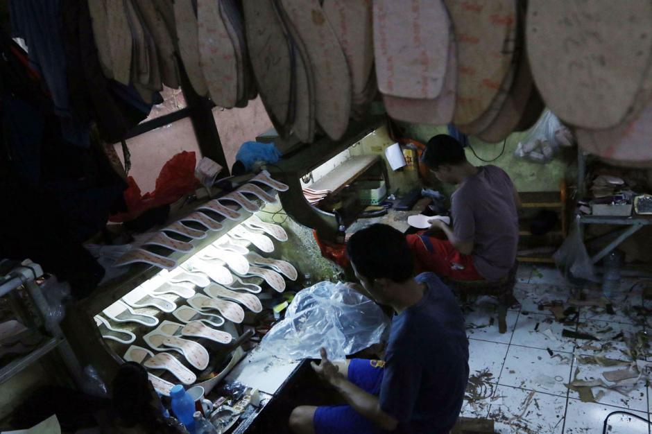 Industri Rumahan Sepatu Wanita di Tangsel Alami Penurunan Produksi Selama Pandemi-3