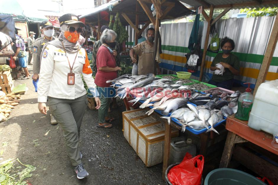 Satpol PP Pulo Gelar Patroli Protokol Kesehatan di Pasar Blok A-1
