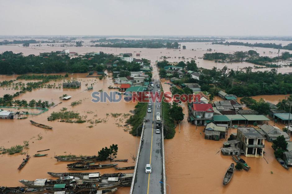 Banjir Bandang dan Tanah Longsor Di Vietnam Tewaskan Ratusan Orang-0