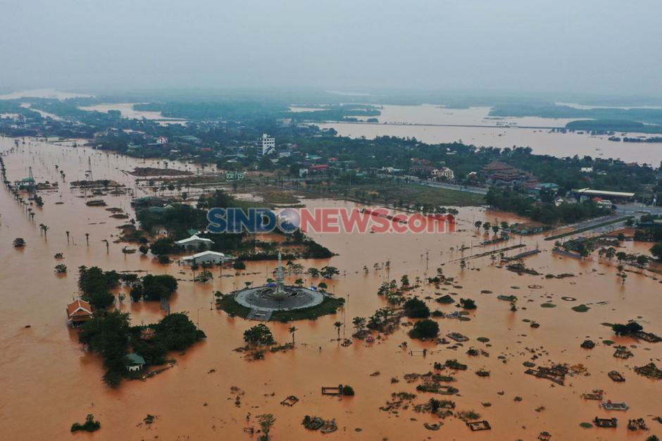 Banjir Bandang dan Tanah Longsor Di Vietnam Tewaskan Ratusan Orang-2