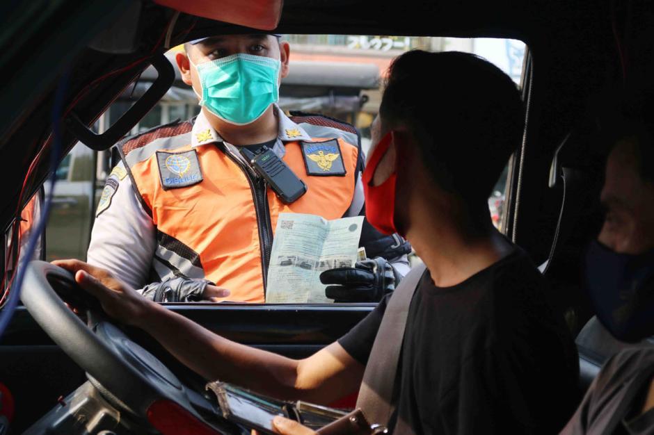 Dishub Jakarta Utara Gelar Razia Penertiban Angkutan Barang-3