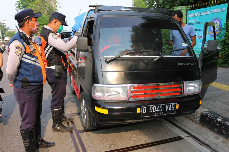 Dishub Jakarta Utara Gelar Razia Penertiban Angkutan Barang-1