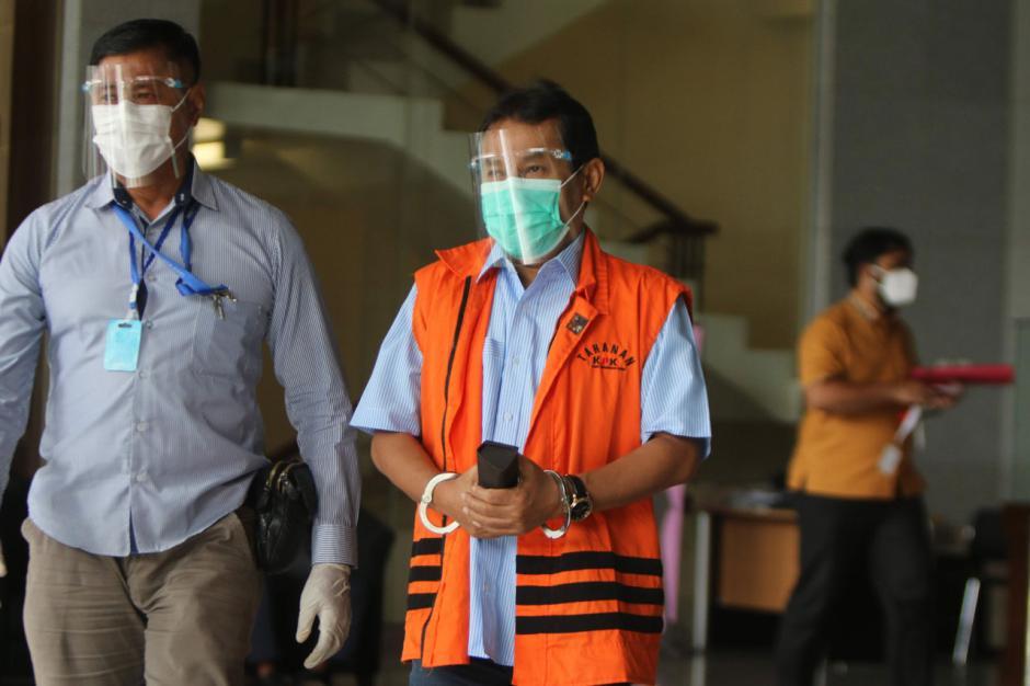 Eks Bupati Bogor Rachmat Yasin Jalani Pemeriksaan Lanjutan-2