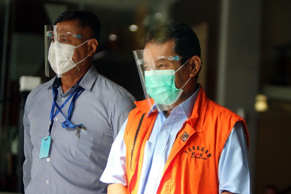 Eks Bupati Bogor Rachmat Yasin Jalani Pemeriksaan Lanjutan-3