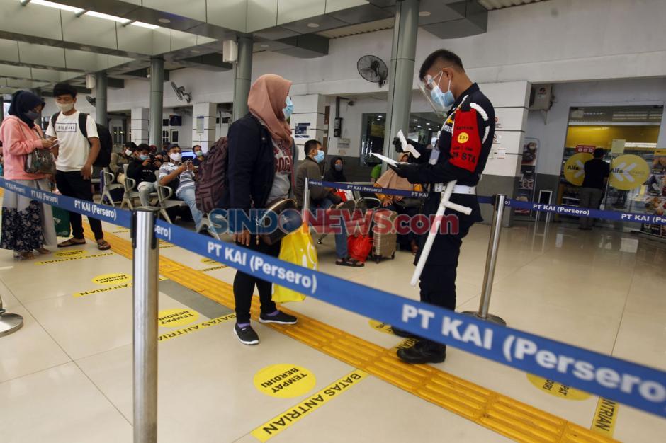 Antisipasi Lonjakan Penumpang Saat Libur Panjang, PT KAI Daop 1 Jakarta Operasikan 27 KA Jarak Jauh-7