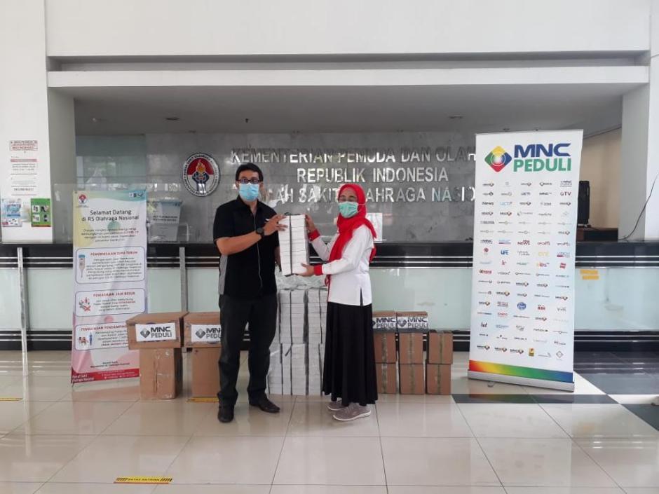 MNC Peduli Bagikan Makan Siang ke Tenaga Medis di 4 Rumah Sakit-1