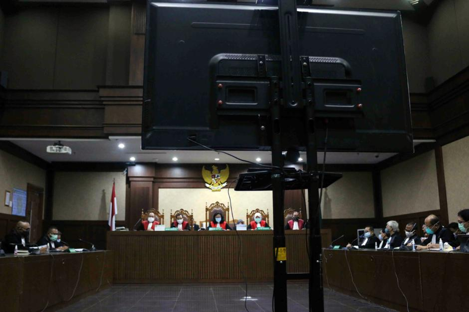 Terbukti Korupsi, Benny Tjokro dan Heru Hidayat Dijatuhi Hukuman Seumur Hidup-0
