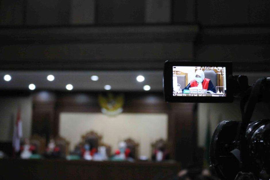 Terbukti Korupsi, Benny Tjokro dan Heru Hidayat Dijatuhi Hukuman Seumur Hidup-2
