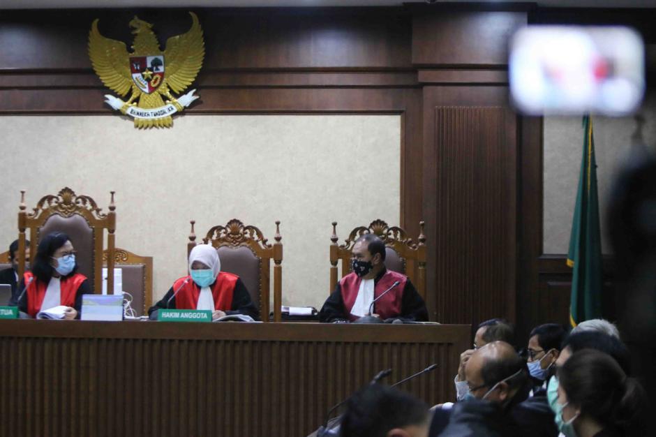 Terbukti Korupsi, Benny Tjokro dan Heru Hidayat Dijatuhi Hukuman Seumur Hidup-1