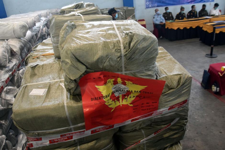 Bea Cukai Gagalkan Peredaran Pisau Cukur Impor Ilegal dari China-3
