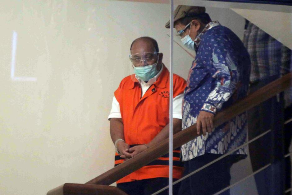 KPK Lanjutkan Pemeriksaan Bupati Kutai Timur Nonaktif Ismunandar-2