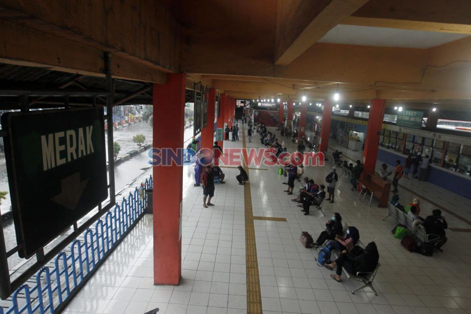 Jelang Libur Panjang, Belum Ada Lonjakan Penumpang di Terminal Kampung Rambutan-3