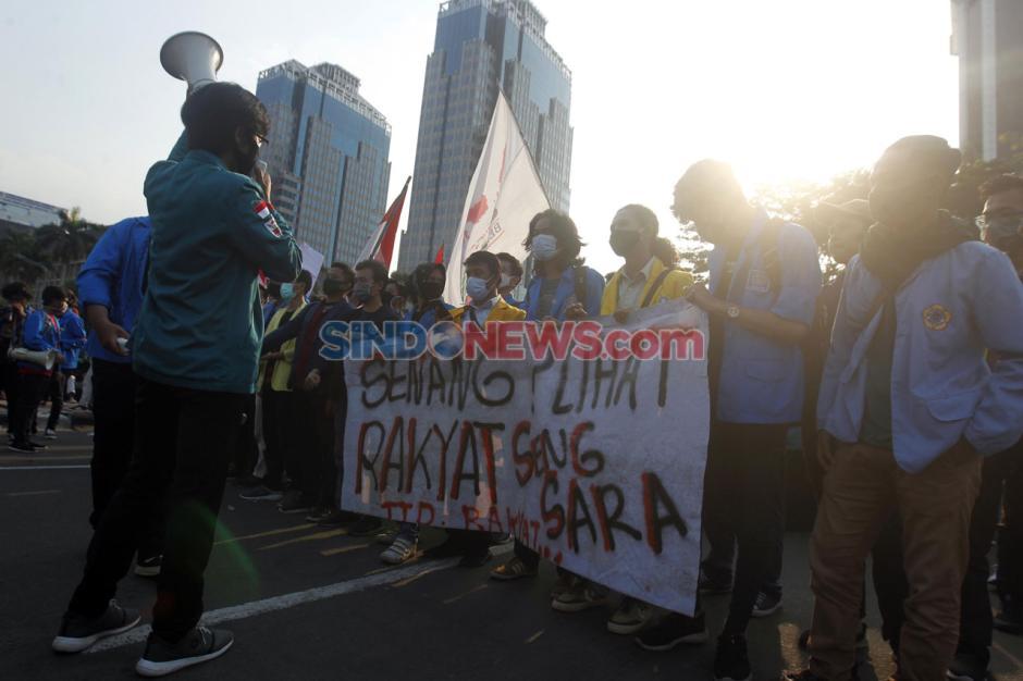 Mahasiswa dan Buruh Kembali Tolak UU Omnibus Law di Hari Sumpah Pemuda-5
