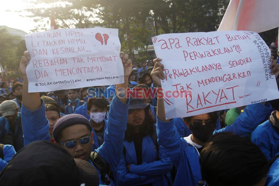 Mahasiswa dan Buruh Kembali Tolak UU Omnibus Law di Hari Sumpah Pemuda-0