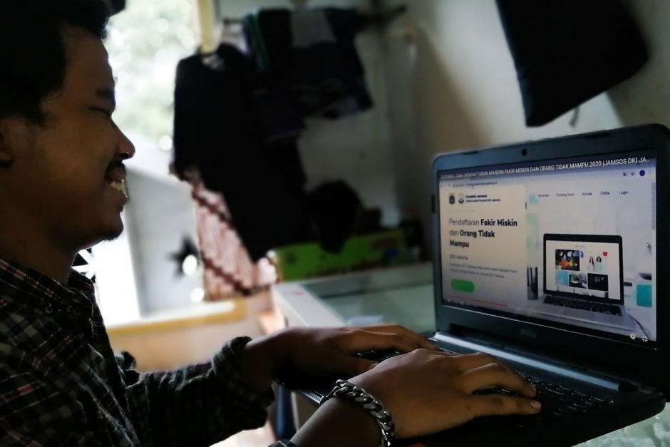 Pemprov DKI Jakarta Buka Pendaftaran Fakir Miskin dan Orang Tidak Mampu Secara Online-2