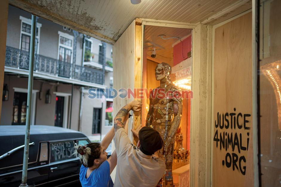 Antisipasi Datangnya Badai Zeta di New Orleans, Louisiana, AS-3