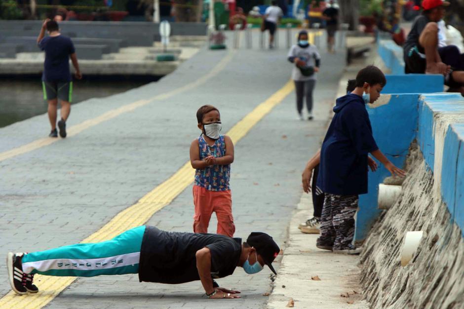 Tingkatkan Imun Tubuh, Warga Jakarta Rutin Berolahraga di Ruang Terbuka-1