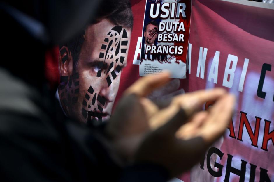 Aliansi Umat Islam Sulsel Gelar Aksi Kecam Presiden Prancis Emmanuel Macron-0