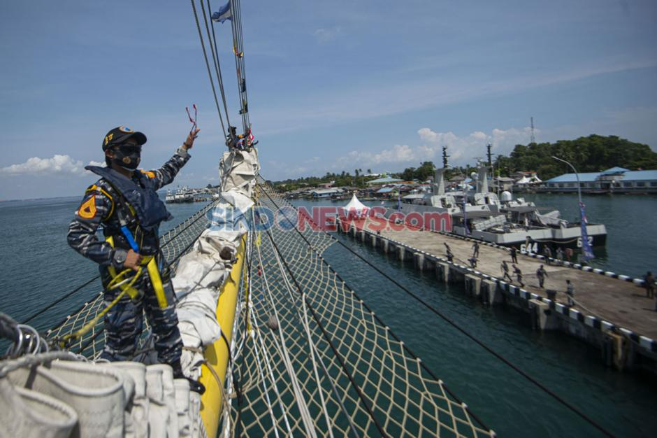 KRI Bima Suci Tiba di Tanjung Uban-2