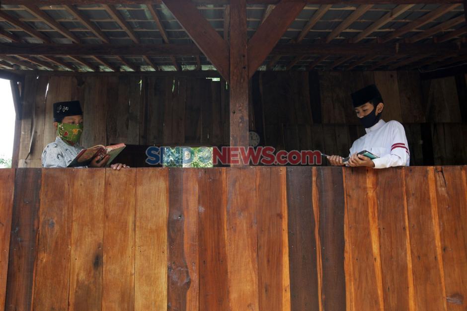 Aktivitas Santri Pesantren Rijalul Quran Semarang di Tengah Pandemi Covid-19-5