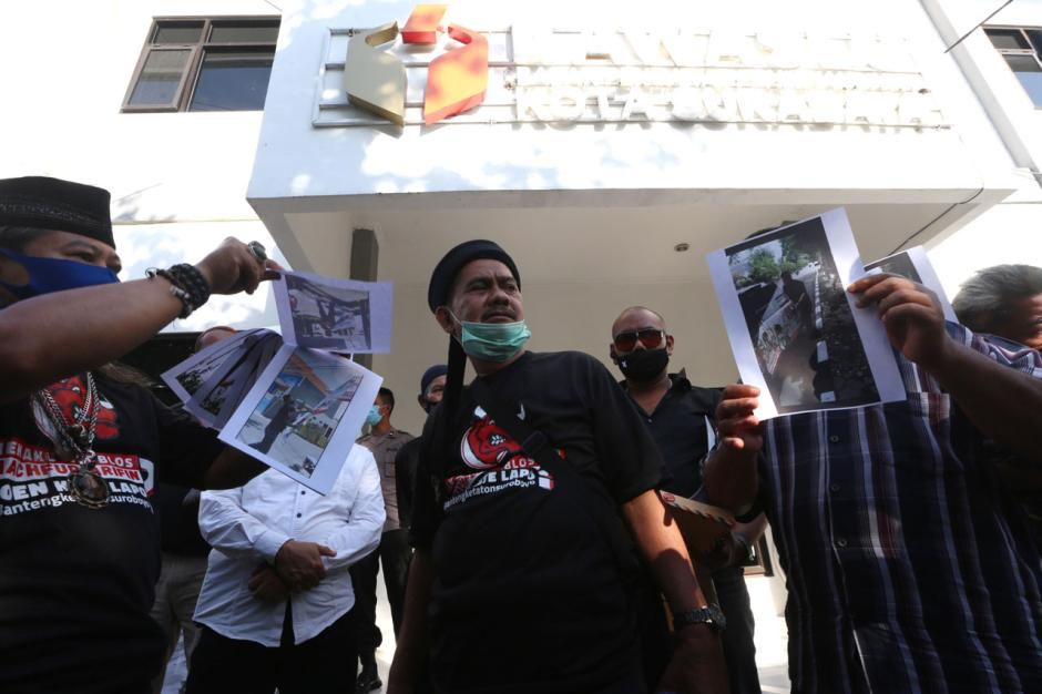 Banteng Ketaton Laporkan Perusak APK Dukungan untuk Machfud Arifin-Mujiaman-1