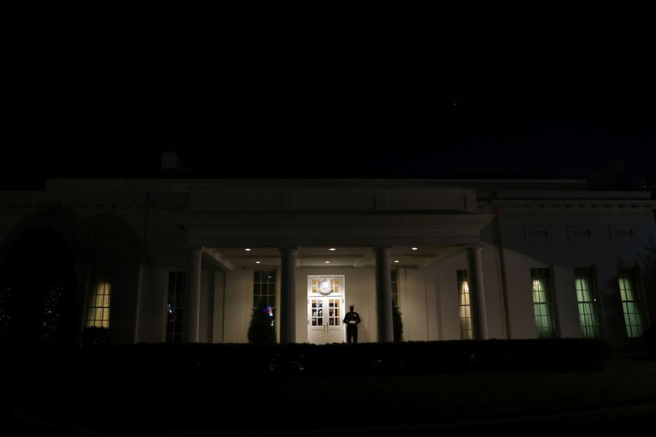 Kesibukan Masa Transisi Mulai Tampak di Gedung Putih-2
