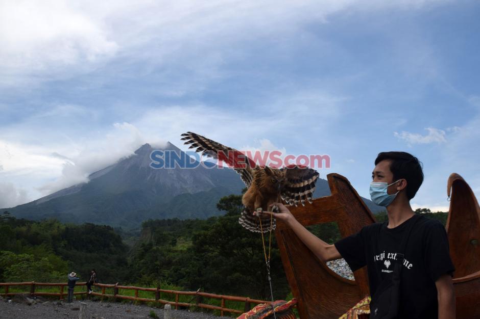 Menikmati Objek Wisata Kaliadem di Tengah Merapi Berstatus Siaga-3