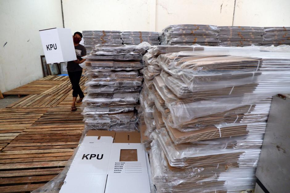 KPU Makassar Siap Distribusikan Kotak Suara Pilkada-2