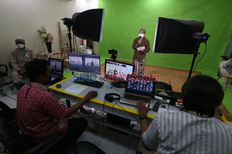 Terapkan Prokes, Sekolah Kreatif SD Muhammadiyah 16 Surabaya Rayakan Milad Muhammadiyah Secara Virtual-4