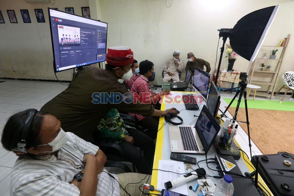 Terapkan Prokes, Sekolah Kreatif SD Muhammadiyah 16 Surabaya Rayakan Milad Muhammadiyah Secara Virtual-2