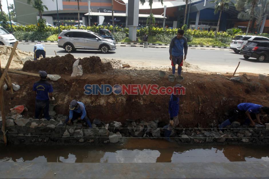 Kawasan Rawan Banjir, Jalan Boulevard Raya Kelapa Gading Dibangun Kolakan-3