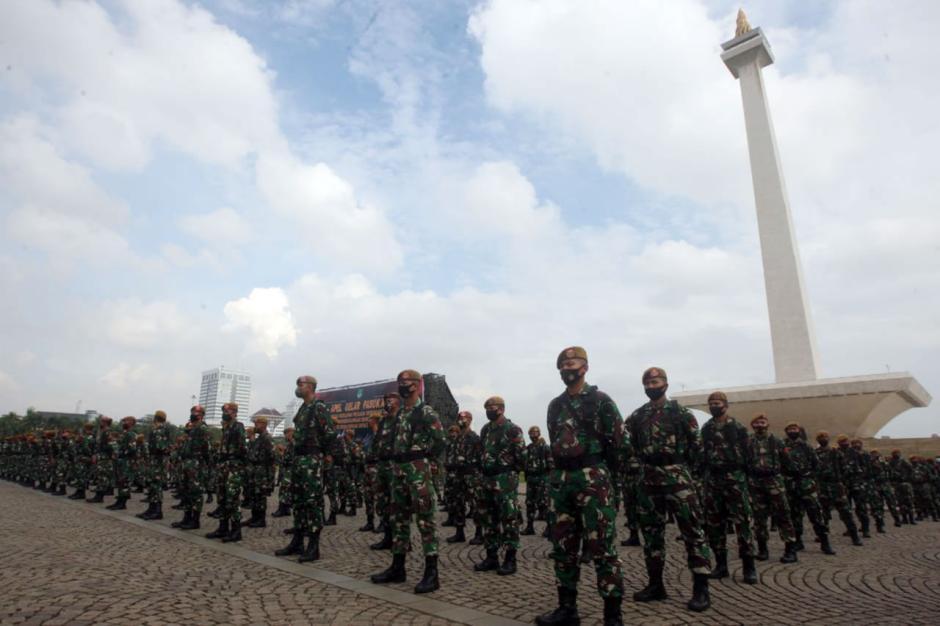 Pangdam Jaya Pimpin Apel Gelar Pasukan Pengamanan Pilkada di Monas-4
