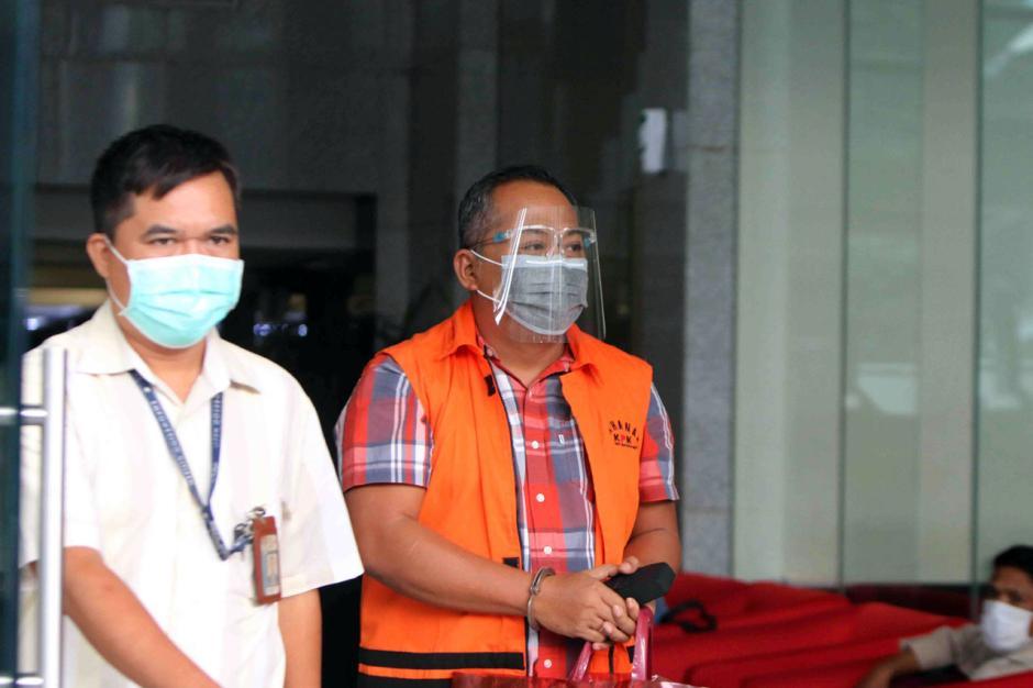 Kasus Suap Eks Bupati Malang Rendra Kresna, KPK Lanjutkan Pemeriksaan Kontraktor Eryck Armando Talla-2
