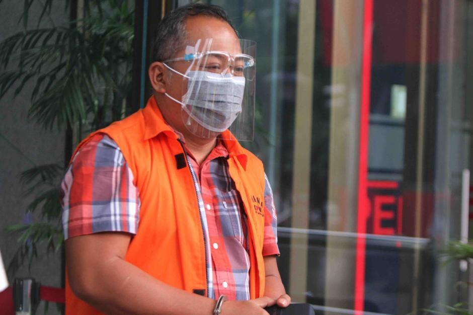 Kasus Suap Eks Bupati Malang Rendra Kresna, KPK Lanjutkan Pemeriksaan Kontraktor Eryck Armando Talla-4