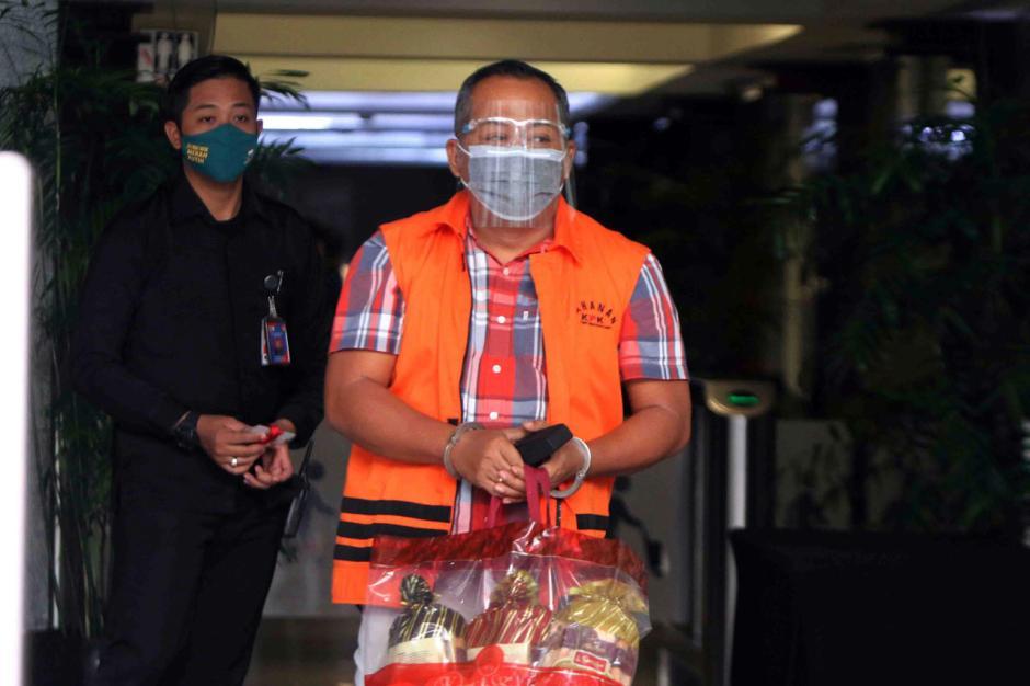 Kasus Suap Eks Bupati Malang Rendra Kresna, KPK Lanjutkan Pemeriksaan Kontraktor Eryck Armando Talla-1